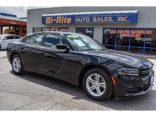 Photo 2017 Dodge Charger ONLY 3300 MILES BLACK AND SPORTY FACTORY WARRANTY