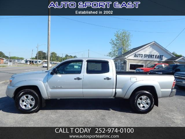 Photo 2013 Toyota Tacoma SR5 Double Cab Super Long Bed V6 6AT 4WD