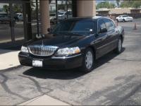 2007 Lincoln Town Car Executive Limo