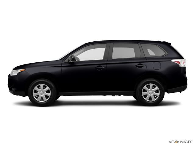 Photo Pre-Owned 2014 Mitsubishi Outlander SE in Schaumburg, IL, Near Palatine