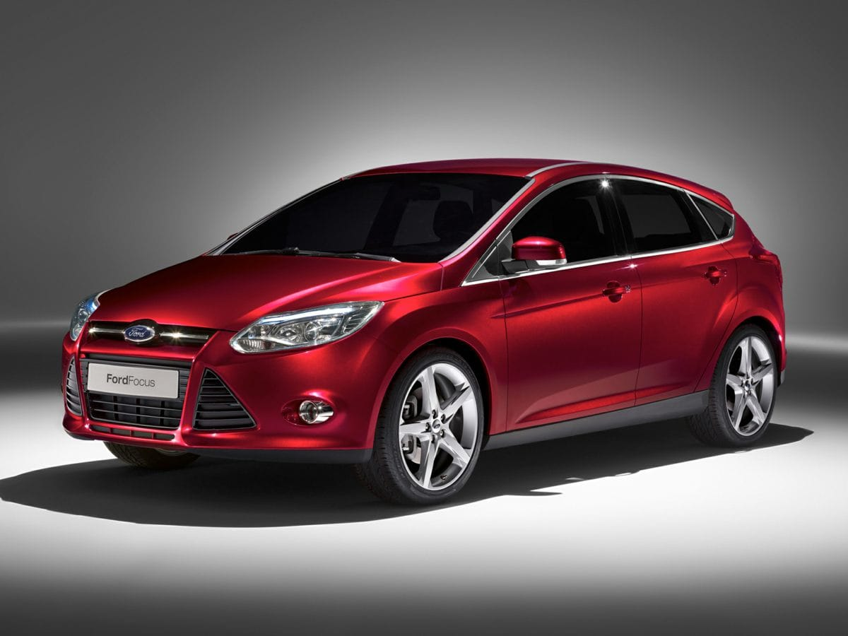 Photo Used 2013 Ford Focus Titanium Hatchback FWD For Sale in Houston