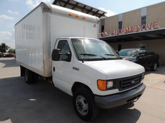 Photo 2007 Ford E-350 Econoline Cutaway VAN Box Truck DIESEL