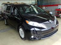 Pre-Owned 2015 Toyota Sienna XLE FWD XLE 7-Passenger Auto Access Seat 4dr Mini-Van