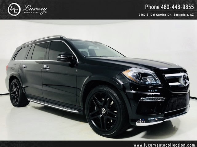 Photo 2015 Mercedes-Benz GL-Class GL 550 4MATIC  Pano Roof  Rear DVD  AMG Wheels  16 17 All Wheel Drive 4MATIC SUV