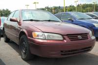 Pre-Owned 1999 Toyota Camry CE Front Wheel Drive 4dr Car
