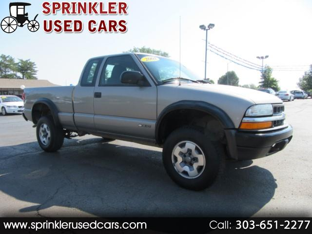 Photo 2003 Chevrolet S10 Pickup Ext. Cab 4WD