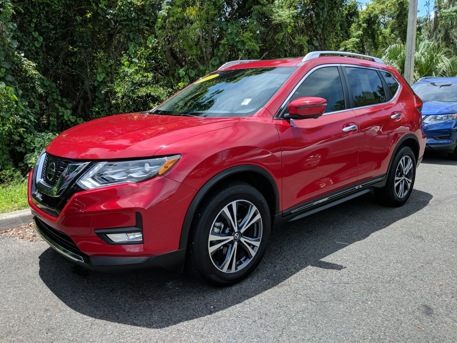 Photo Certified Pre-Owned 2017 Nissan Rogue SL SUV For Sale Leesburg, FL