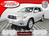 2008 Toyota Highlander Limited w/ Leather,Sunroof,Heated Front Seats, And Backup Camera.