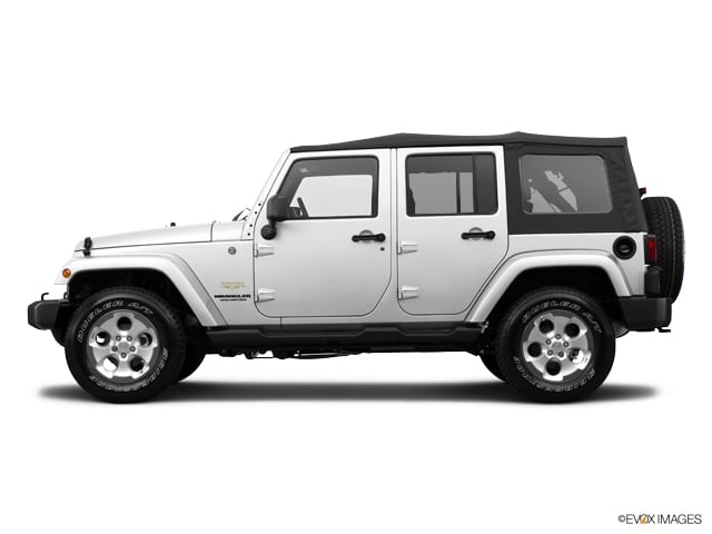 Photo Used 2014 Jeep Wrangler Unlimited Sahara 4x4 in Salem, OR