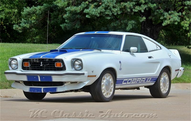 Photo 1976 Ford Mustang Cobra II 302V8 Automatic
