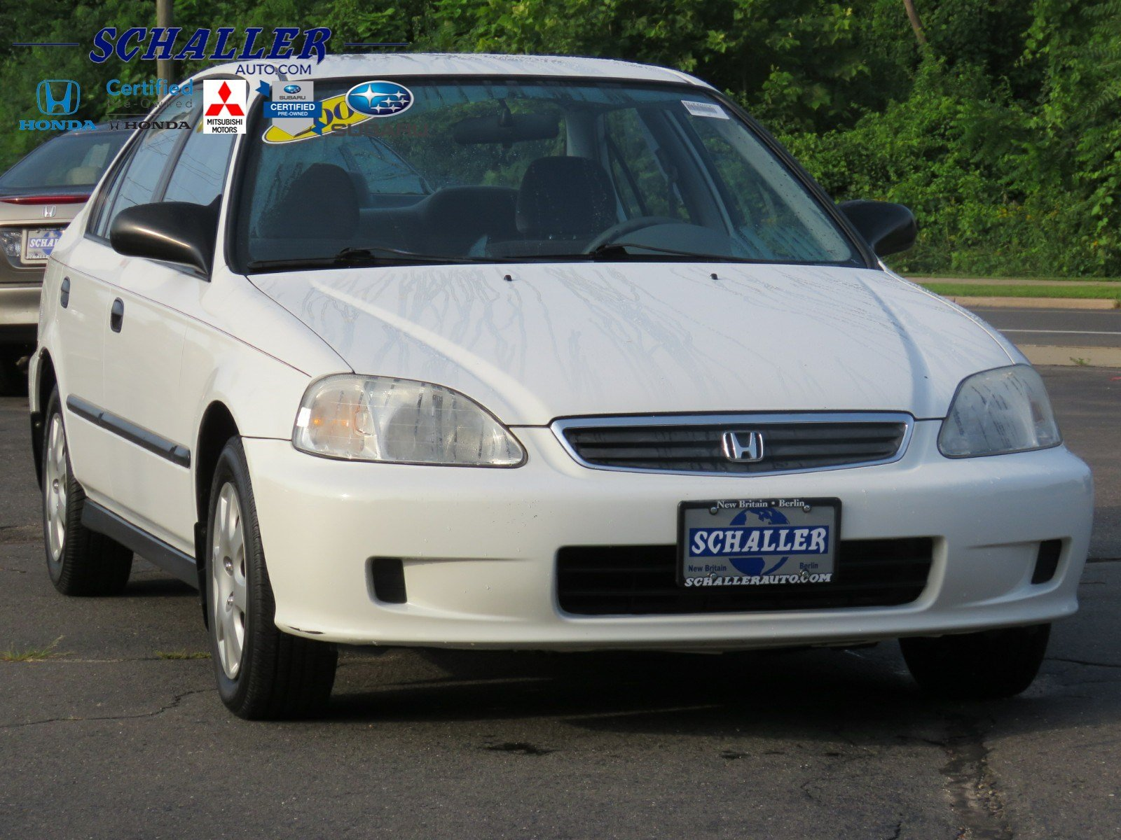 Photo Pre-Owned 2000 Honda Civic DX Front Wheel Drive 4dr Car