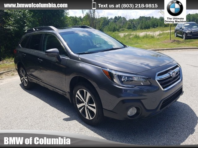 Photo 2018 Subaru Outback Limited SUV All-wheel Drive