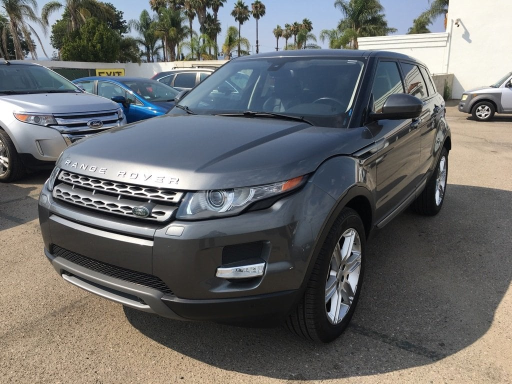 Photo Used 2015 Land Rover Range Rover Evoque Pure Plus in Oxnard CA