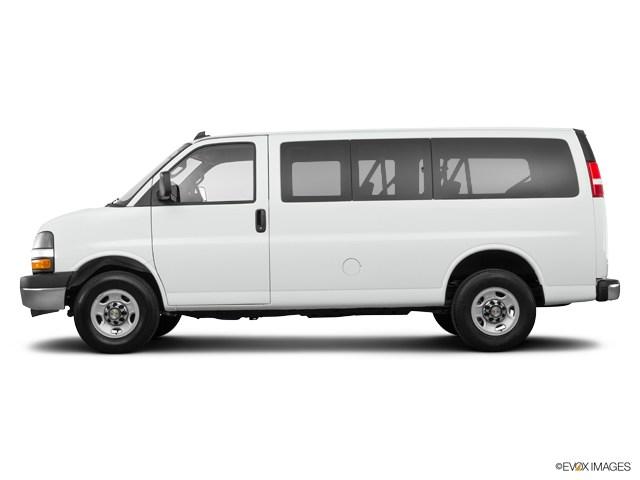 Photo Pre-Owned 2017 Chevrolet Express 3500 LT Van Passenger Van in Greensboro NC