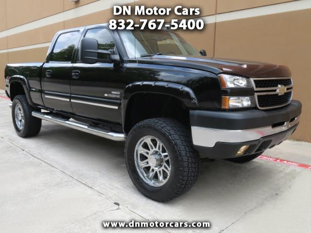 Photo 2007 Chevrolet Silverado Classic 2500HD LT3 Southern Comfort Crew Cab Lifted 4WD Diesel