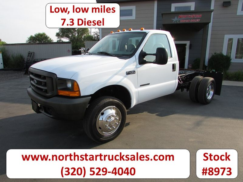 Photo Used 1999 Ford F-450 Cab Chassis