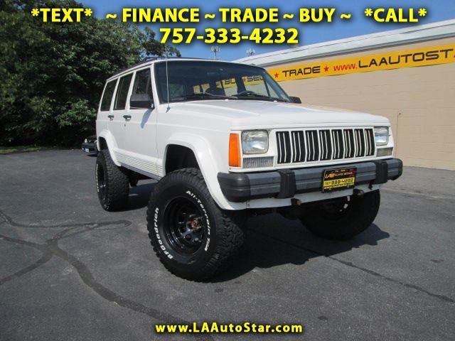 Photo 1996 Jeep Cherokee Sport 4-Door 4WD
