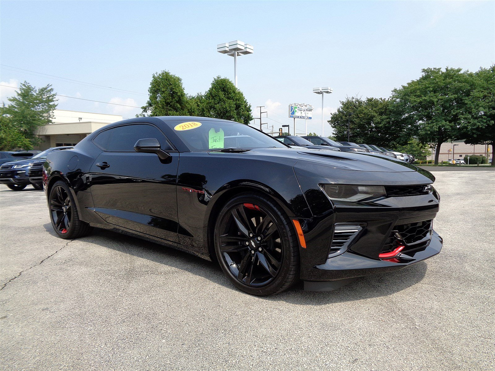 Photo Pre-Owned 2018 Chevrolet Camaro SS Rear Wheel Drive 2dr Car