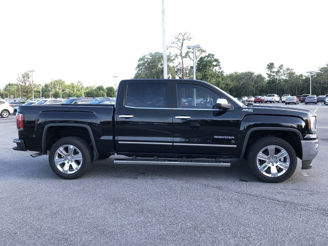 Photo Used 2016 GMC Sierra 1500 SLT Truck Crew Cab For Sale Leesburg, FL