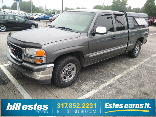 Photo Pre-Owned 2001 GMC Sierra 1500 SLE RWD Extended Cab