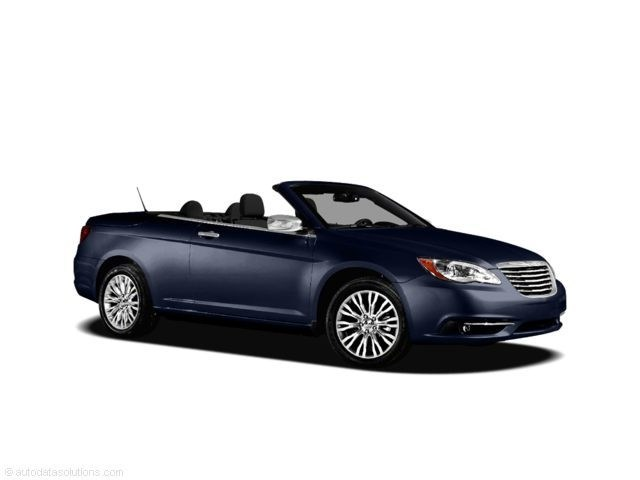 Photo 2011 Chrysler 200 Touring Convertible in New Port Richey, FL