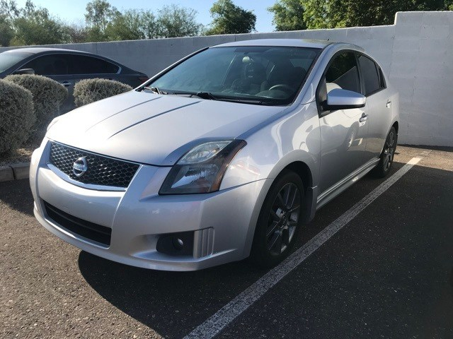 Photo Used 2012 Nissan Sentra SE-R For Sale