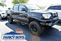 PRE-OWNED 2015 TOYOTA TACOMA 4WD