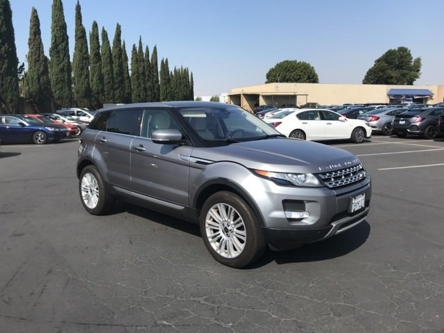 Photo Used 2013 Land Rover Range Rover Evoque Pure SUV For Sale in Fairfield, CA