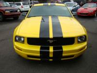 2005 Ford Mustang V6 Premium Coupe