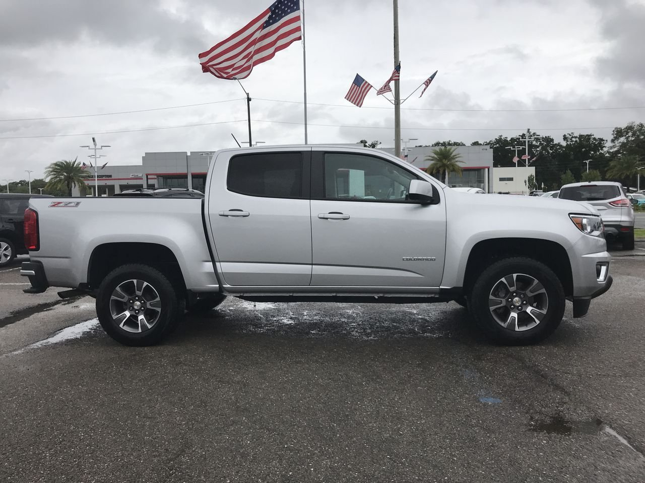 Photo Used 2017 Chevrolet Colorado Z71 Truck Crew Cab For Sale Leesburg, FL