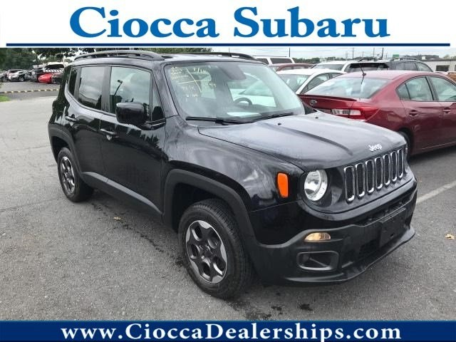 Photo Used 2015 Jeep Renegade Latitude For Sale Allentown, PA