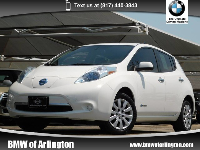 Photo Used 2013 Nissan LEAF Front-wheel Drive in Arlington