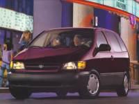 1998 Toyota Sienna CE Van Front-wheel Drive