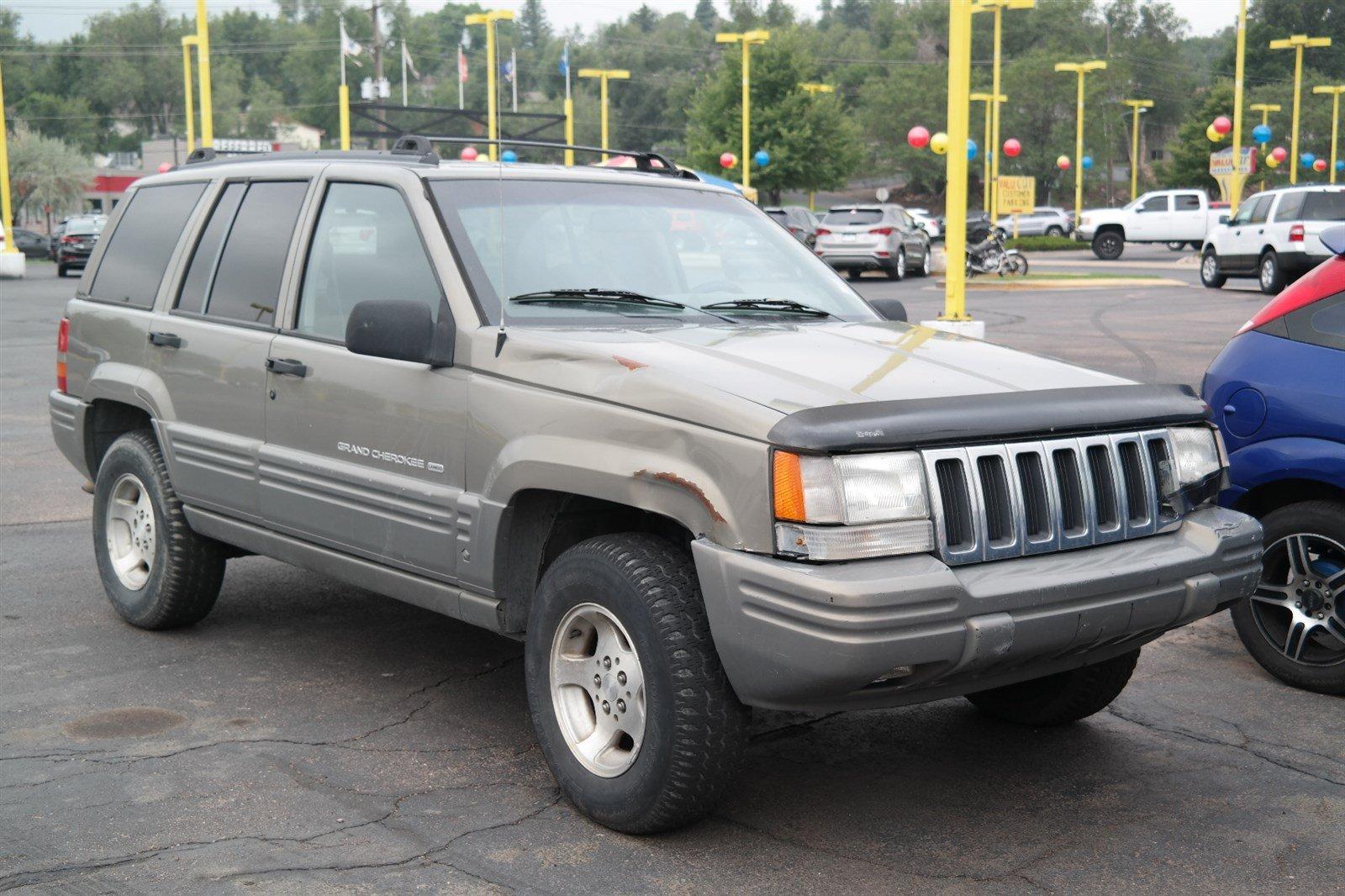 Photo Pre-Owned 1998 Jeep Grand Cherokee Laredo Rear Wheel Drive Sport Utility