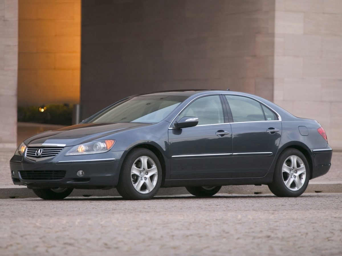 Photo Used 2005 Acura RL 3.5 in Bristol, CT