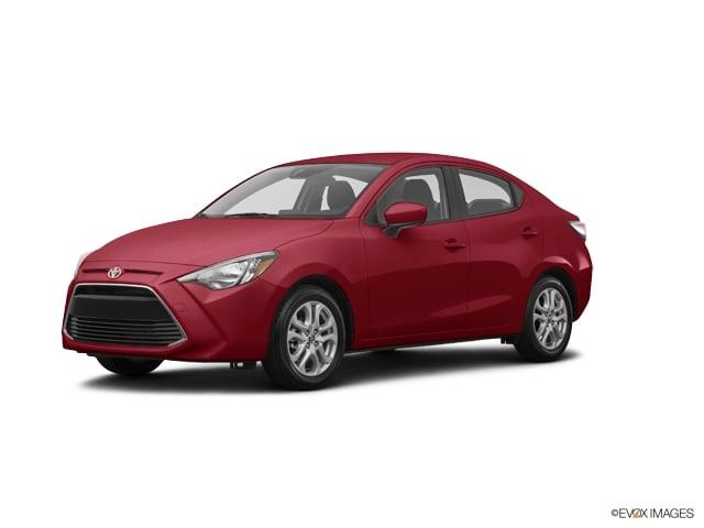 Photo 2017 Toyota Yaris iA 4-Door Sedan Front-wheel Drive