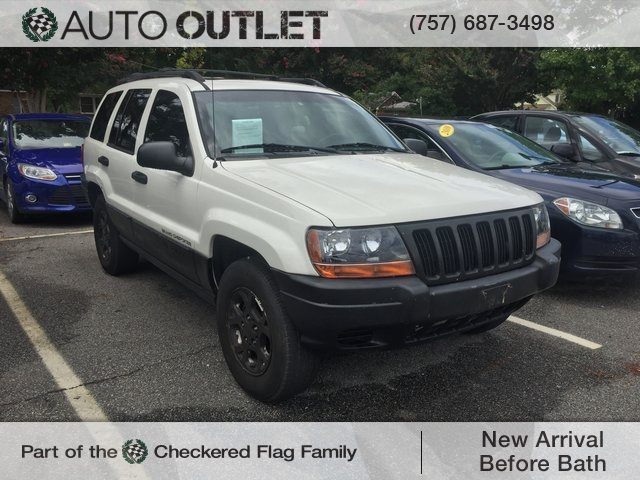 Photo Pre-Owned 2000 Jeep Grand Cherokee Laredo RWD 4D Sport Utility