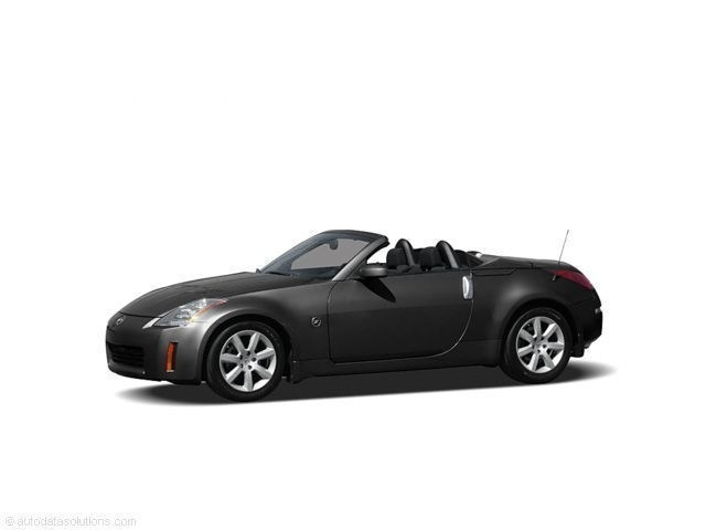 Photo Used 2005 Nissan 350Z Touring Roadster for Sale in Grand Junction, near Fruita  Delta