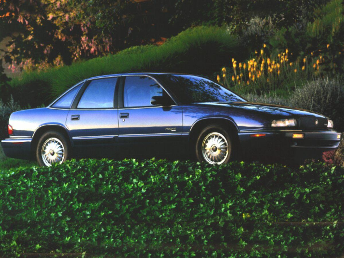 Photo 1996 Buick Regal Sedan in Stroudsburg  Serving Newton NJ