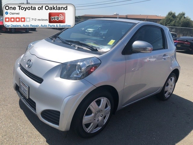 Photo Pre-Owned 2014 Scion iQ Base Hatchback in Oakland, CA