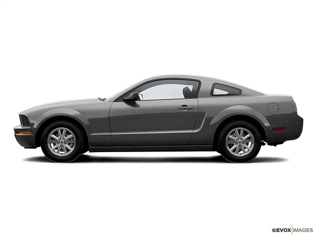 Photo Used 2007 Ford Mustang Coupe Rear-wheel Drive in Chico, CA