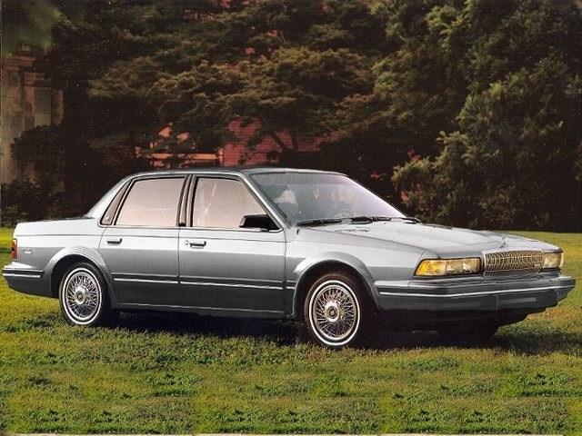 Photo 1992 Buick Century Special Sedan