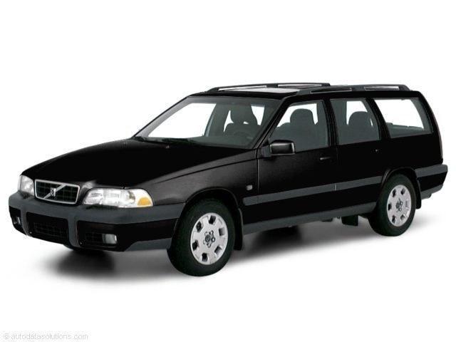 Photo 2000 Volvo V70 XC Wagon AWD