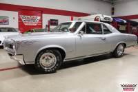 1966 Pontiac GTO Post