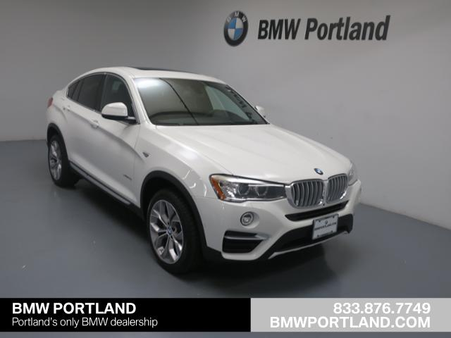 Photo Used 2018 BMW X4 xDrive28i Sports Activity Coupe in Portland