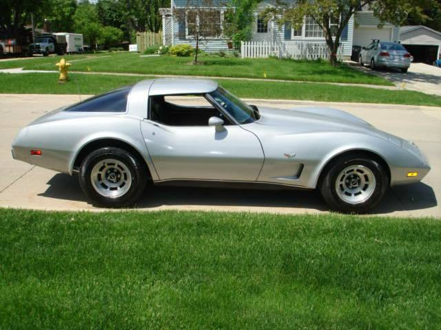 Photo 1978 Chevrolet Corvette -4 SPEED SILVER BULLET-GOOD CONDITION-CALL US TODAY