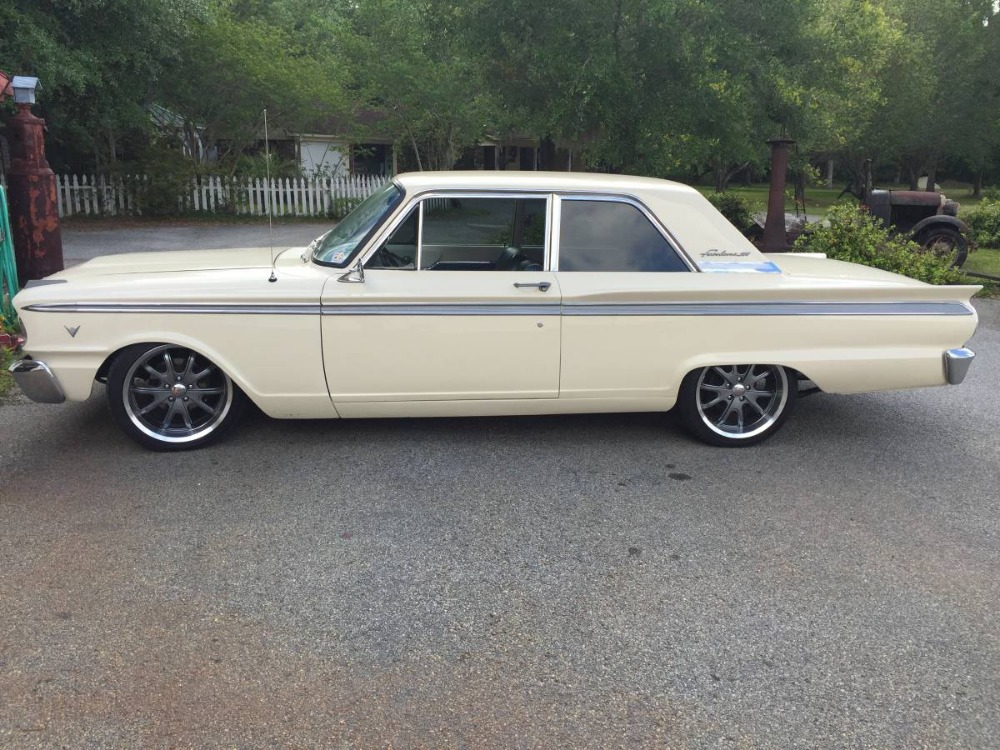 Photo 1963 Ford Fairlane -500- 2-DOOR HARDTOP- 302 V8- AUTOMATIC -SEE VIDEO