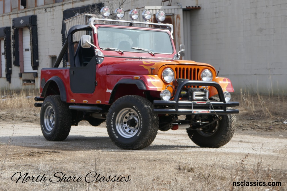 Photo 1986 Jeep CJ-7 2015 RESTORED 4X4- 9500 LBS WENCH- 4-INCH SUSPENSION LIFT - SEE VIDEO