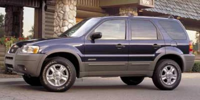 Photo Used 2002 Ford Escape 4dr 103 WB XLT 4WD Sport For Sale Salem, OR