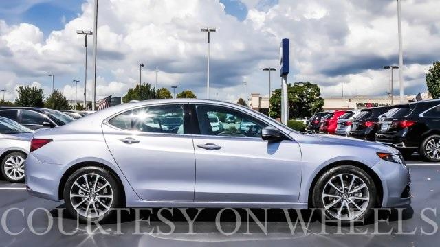 Photo 2015 Acura TLX 4D Sedan AWD